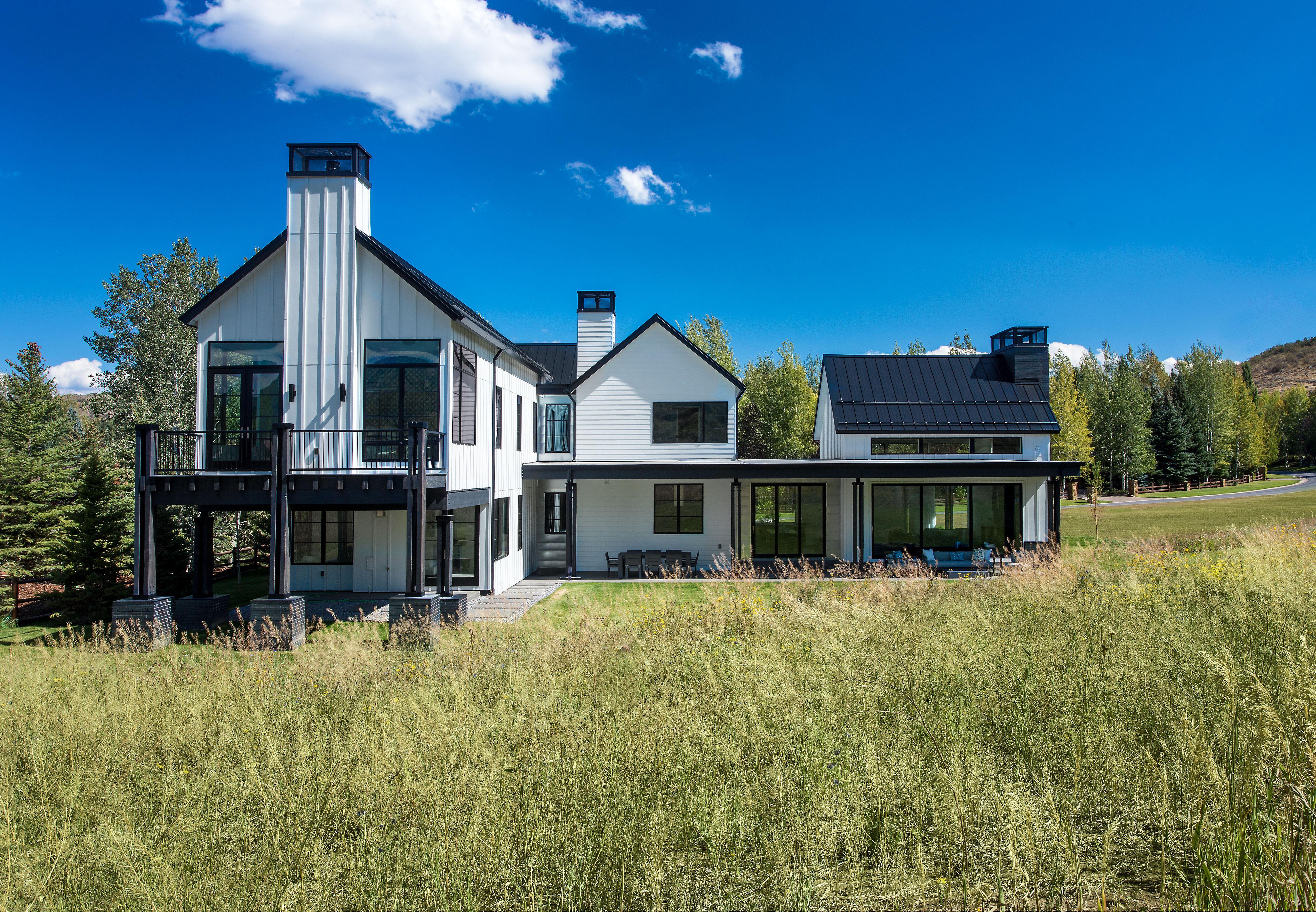 Park Meadows / Modern Barn